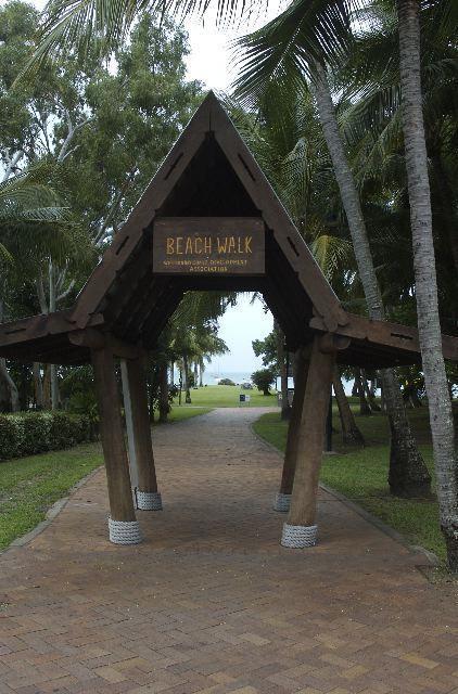 Airlie Beach beach walk