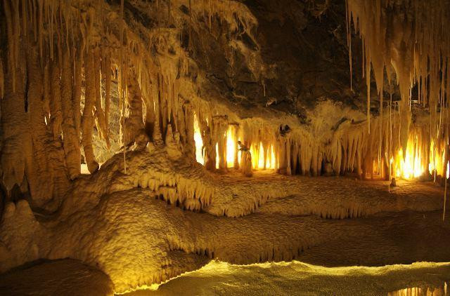 Marakoopa Cave