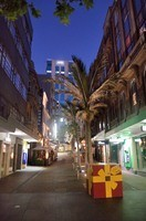 Auckland street at night